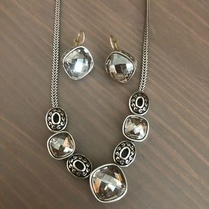 Beautiful Brighton earring and necklace set